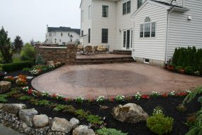 Stamped Concrete Hardscape with Tan Brown Circle Kit