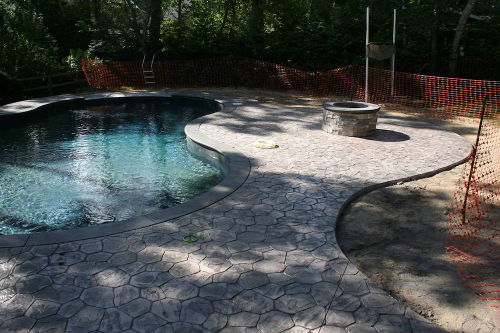 Hardscaping your pool area