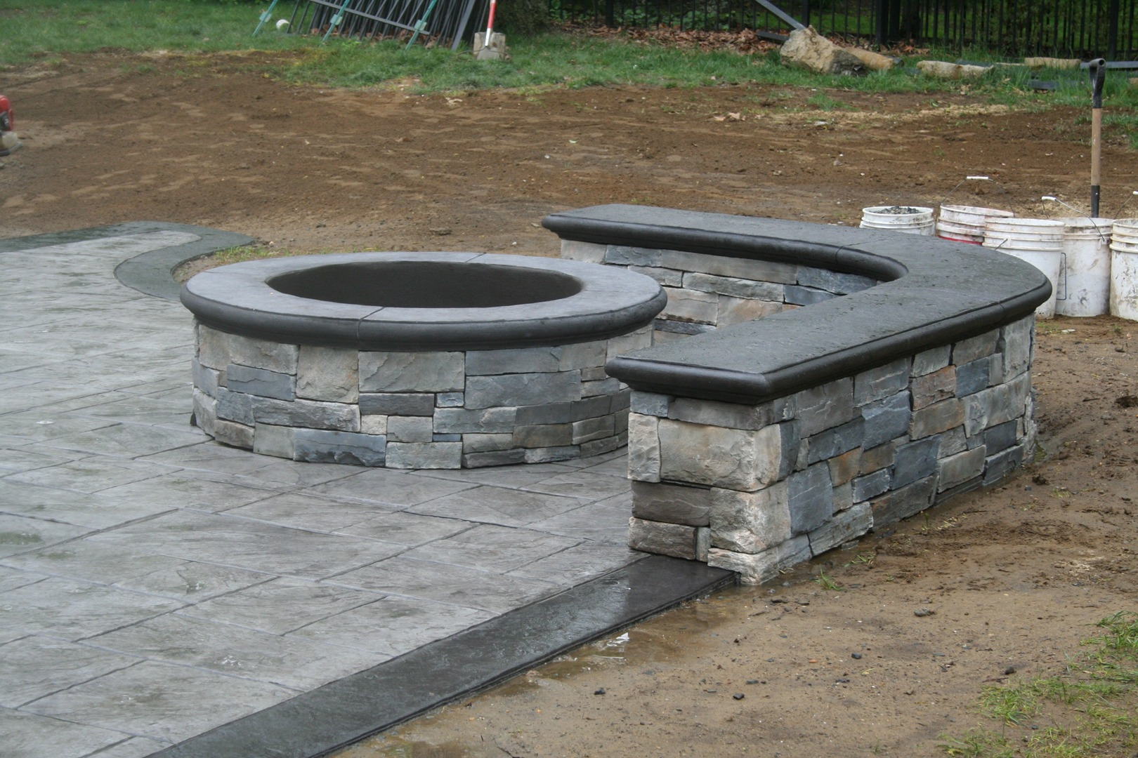 Custom Fire Pit & Seating Wall