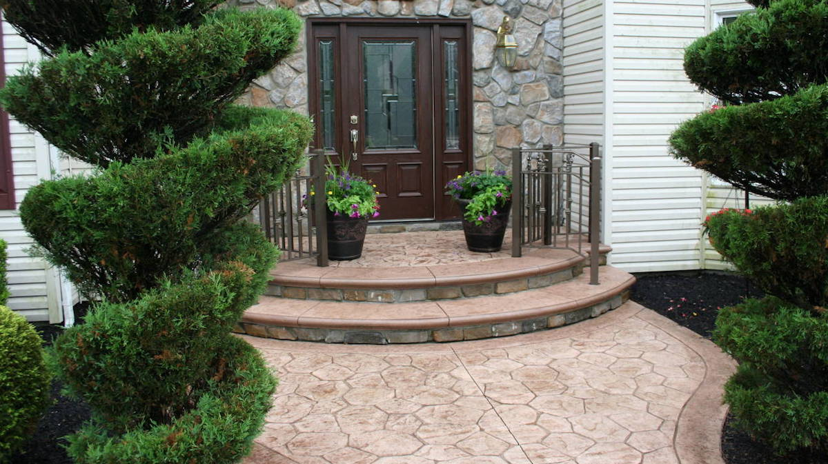 Paver Front Door with Stamped Concrete Walkway